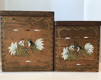 Set of Two Wooden Storage Canisters With Roosters Decor