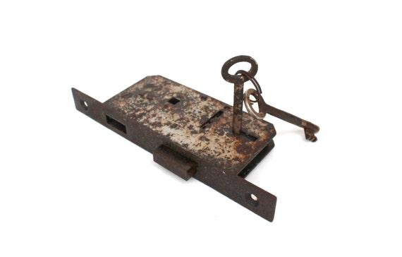 Antique Door Lock Mechanism With Two Skeleton Keys FULLY FUNCTIONAL Rustic Door  Lock Hardware Restoration Vintage Door Lock Old Locks From  SoYesterdaySoCool ...