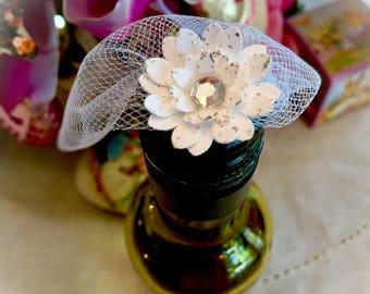Mini Wine Bottle Favor ~ Nail Polish Favor ~ Veil ~ Bridal Shower Favor ~ Bridal Veil ~ Wedding Favor ~ Customizable ~ Made to Order