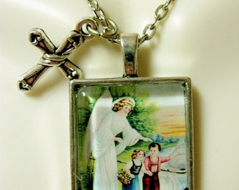 Guardian angel pendant and chain - AP28-034