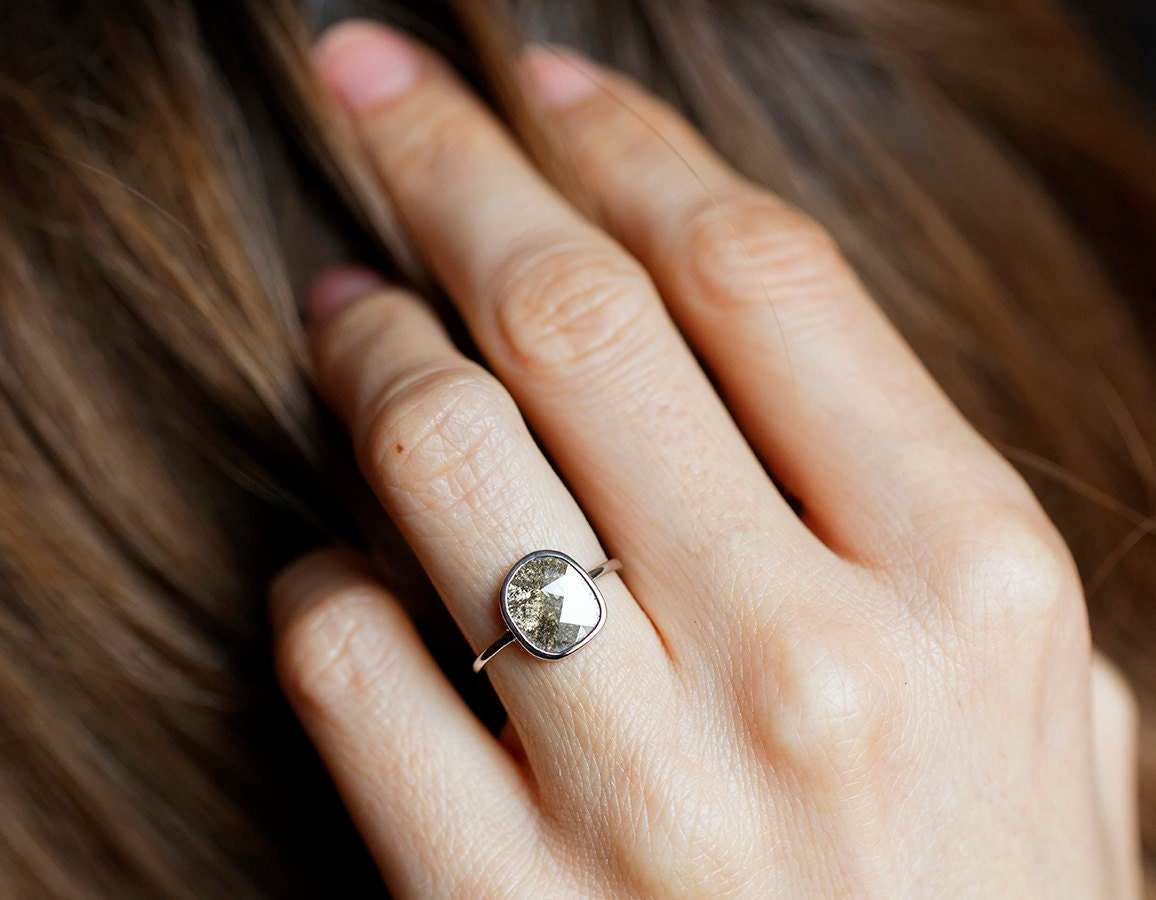 tiny anna engagement she zoom designers in product ring sheffield gold diamond rings wedding wheat solitaire gray