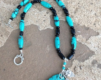 Chinese turquoise and onyx necklace with turquoise pendant