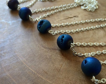Druzy Agate - necklace with a beautiful round metallic blue druzy agate bead. Gemstones, rocks, minerals, boho, gypsy, minimal, blue