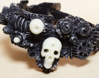 Steampunk  Gear Jewelry Bracelet -  Gears with Skull  All Black  with Glow in the Dark - Cyberpunk Jewelry