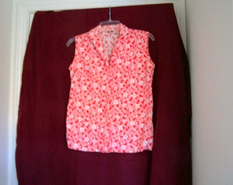 "Lady Manhattan red and white flowered shirt, size Small, 34"" chest"