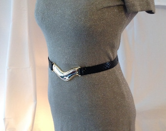 Oversized front /Boucle snakeskin leather belt 5 inches / Creations Elite, Montreal/Size 70/28, 32 inches long / adjustable 3 snaps