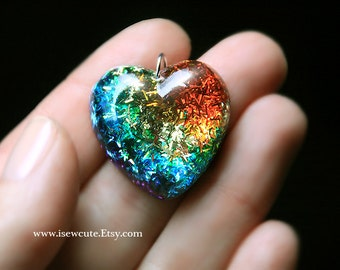 Rainbow Necklace, Somewhere Over the Rainbow Glitter Heart Resin Necklace, Cute Resin Jewelry, Resin Pendant,  hand made by isewcute