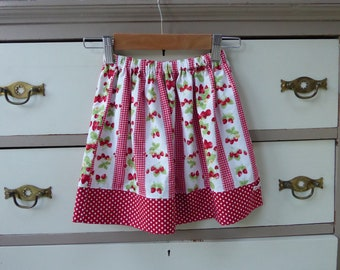Handmade skirt, strawberry skirt, girls strawberry skirt, girls red and white skirt, strawberries and polka dots, age 4-5 skirt, girls skirt