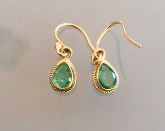 9ct Yellow Gold Pear shaped Emerald Earrings Etruscan style