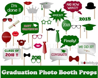 Graduation photo props. Printable. DIY 2018 Grad selfie station props. Green, silver, marron. Instant download. Graduation photo booth props