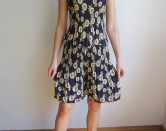 vintage 80s 90s Ribbed Pleated two piece // shorts + top // Navy floral print S