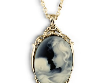 Cameo mother and child gold pendant