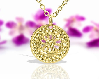 Gold necklace, Minimal, Disc Pendant necklace, Minimalist necklace, Flower necklace, Modern necklace, Delightful jewelry, Elegant necklace