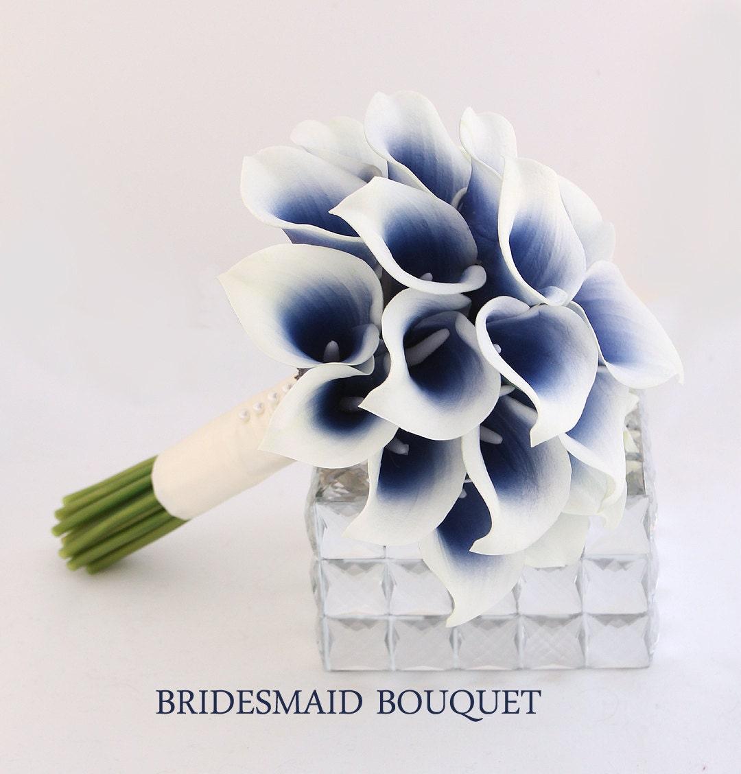 navy wedding flowers bridesmaid bouquet navy blue bouquet. Black Bedroom Furniture Sets. Home Design Ideas