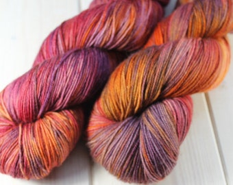 Skein hand - dyed Fingering - 100% superwash Merino - 100 g / 400 m - Souk