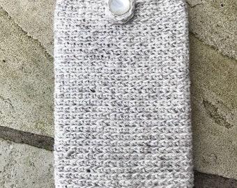 Crochet mini iPad case