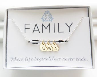 Gift For Mom • Arrow Necklace with Heart Initials • Arrow Charm • Arrow Jewelry • Personalized Necklace • Family Jewelry • New Mom Gift