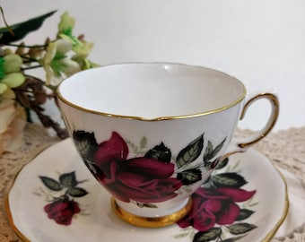 Colclough England Cup & Saucer Vintage Teacup and Saucer Red Rose Pattern 7986