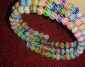 striped memory wire bracelet, resin striped beads, pastel resin beads, teen or tween bracelet, pastel resin cuff, colorful memory wire