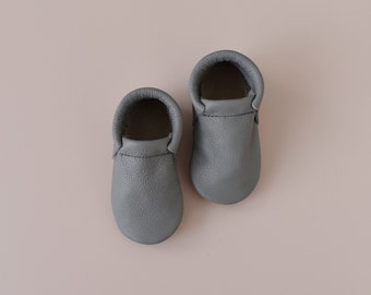 loafers / baby moccasins mocks / soft soled shoes / harbour