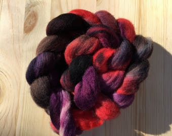Poe Colorway: Hand Dyed Corriedale Roving, 4 oz