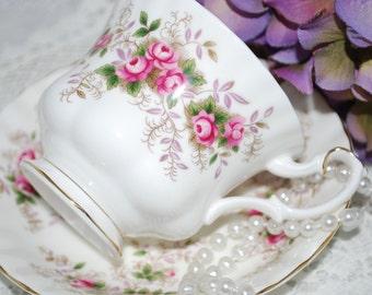 Vintage Tea Cup and Saucer /ROYAL ALBERT Lavender Rose Pattern  / Vintage Tea Party / Collectable teacup