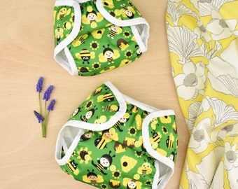 BUMBLE nelpe diaper cover, size two