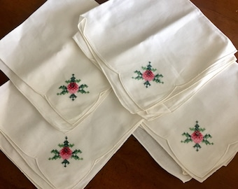 Set of four (4) cotton dinner napkins