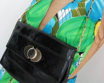 60s Vintage Ronay Bag - Black Patent Wet Look Purse - Chain Handle - Two Tone Clasp - Handbag Shoulder Bag Clutch