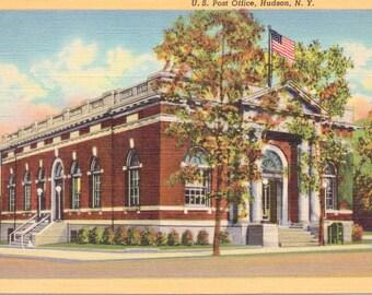 Hudson, New York, Post Office - Vintage Postcard - Postcard -  Unused (A11)