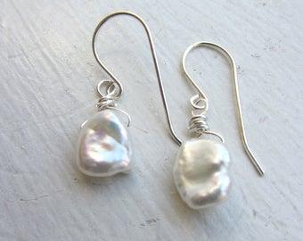 White pearl earrings, wedding earrings, bride, white keshi pearl earrings, white pearls, keshi pearls, wedding jewelery