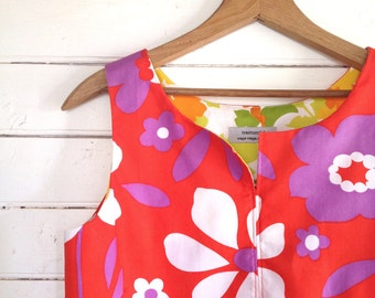 summer shirt sleeveless top - easy fit Large- 60s vintage fabric