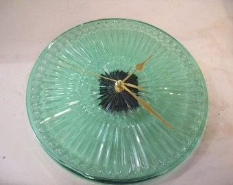 """Green Glass Plate  Wall Clock 10"""" Diameter, Recycle Repurpose Hand Made, Free Shipping, M2"""