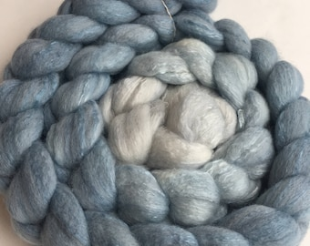 Ombre Combed Top Roving for Spinning and Felting