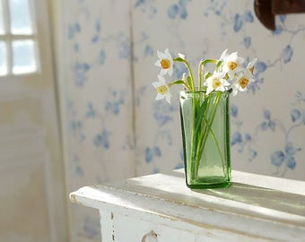 TO ORDER - Daffodils, scale 1/12, dollhouse decor, dollhouse flowers, dollhouse miniatures