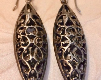 Vintage Artesian Hand Made Sterling Filigree Dangle Drop Earrings - Boho Statement Earrings - 1970's Pierced Earrings