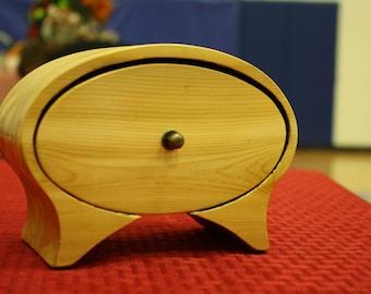 Cedar Oval Shaped Bandsaw Box for Jewelry, Keepsakes, Storage, Home Decor