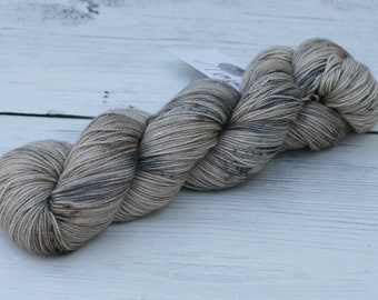Hippogriff - 80/10/10 - Superwash Merino - Cashmere - Nylon - 435 Yards - MCN Sock Yarn - Speckled - Neutral - Beige - Gray - Ready To Ship