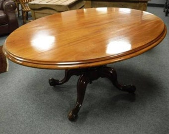 19TH Century early Victorian.mahogany breakfast table.