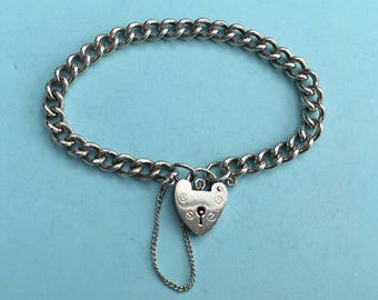 Charm Bracelet with Heart Padlock, Sterling Silver, 19.7g - Ready to Fill with Vintage Charms!