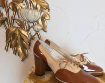 1970s shoes mod shoes david luis shoes size 9 vintage shoes lace up shoes color block shoes  retro shoes 2 tone shoes spectator shoes