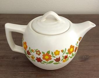 McCoy USA Ceramic Teapot; McCoy Floral Teapot; Vintage McCoy Teapot; McCoy USA Teapot; Retro Teapot; Ceramic Teapot