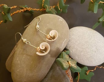 Seashell and silver earring