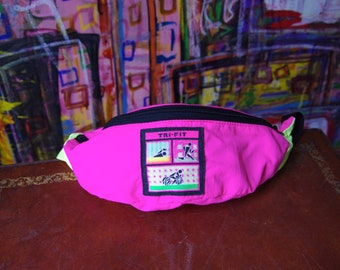 90's NEON PINK tri-fit green colorblock fanny pack