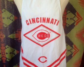 1980's Cincinnati Reds apron USA