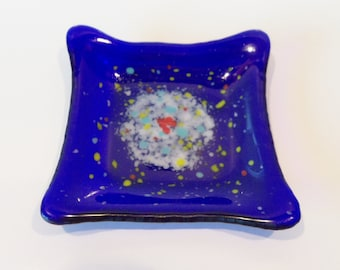 Cobalt BLue // Modern // Fused GLass Dish // Splashes of Color // Heart // Trinkets // Candy // Fun // Colorful // Whimsical // Rings//Rings