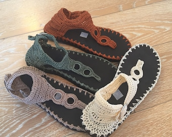 crochet thong sandals, holidays shoes, summer shoes, street style shoes, rubber soles, artesaniaRD