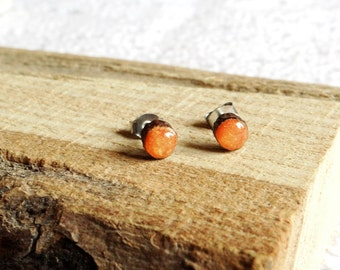 Wooden earrings 5 mm, surgical steel studs, hand painted ear studs,  stud earrings (0298)