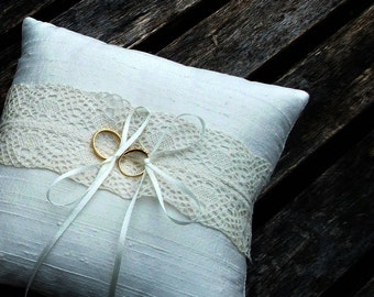 Wedding Ring Bearer Pillow, ring cushion in Ivory Raw  Silk With a Strip of  Cream Vintage Lace