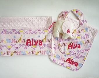 Monogrammed Baby Girl Minky Blanket Gift Set ~ Personalized Baby Blanket ~ Zoo Animals Minky Blanket ~ Elephant Blanket ~ Swaddle Blanket